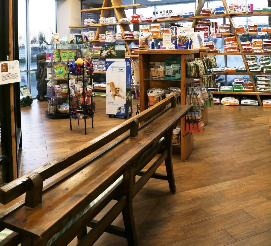 Safari's Pet Retail Store for ALL Your Pet Care Needs!
