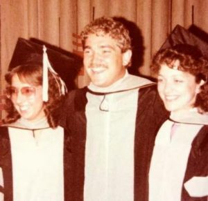 dr.garner-with-joAnne-and-donna-at-Vet-school-graduation-in-1983